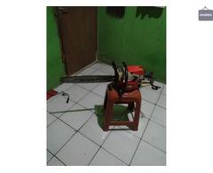 Di sewakan chainsaw mesin tebang pohon wa 085641290679