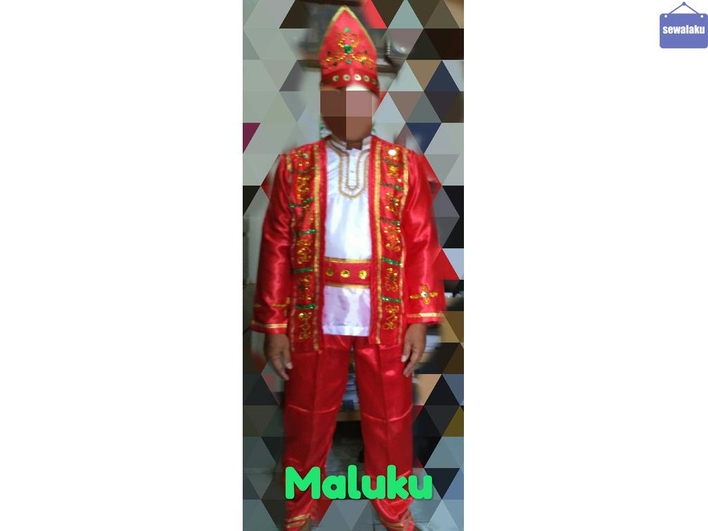 Kostum all Adat