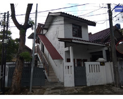 Rumah dikontrakan per tahun