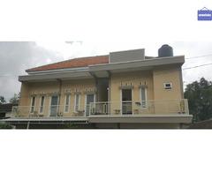 Sewa Homestay Villa Hotel Murah Batu Malang Tempat Bersih Fasilitas Lengkap Kamar Mandi Dalam