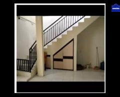 Rumah di kontrakan di sawojajar