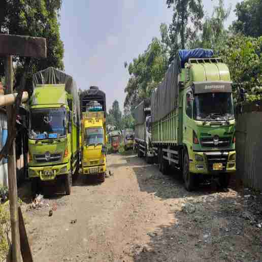 Rental Sewa Truk Colt Diesel Fuso Tronton Bak Box Wingsbox Surabaya Semarang Jakarta