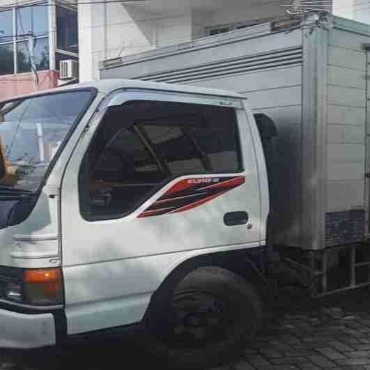 sewa truk surabaya