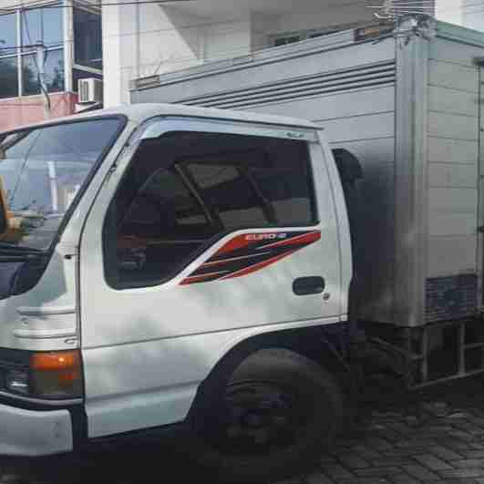 rental truk Surabaya