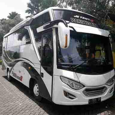 rental sewa bus pariwisata surabaya