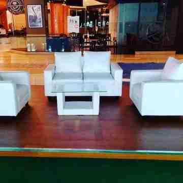 Sewa sofa double vip