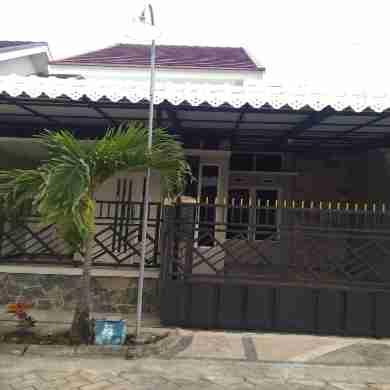 Disewakan Rumah Letak Strategis 5 Menit dr Jln Utama Malang - Surabaya