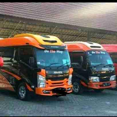 Sewa Rental Mobil Hiace Surabaya-madiun