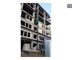 Sewa lift matrial/proyek /hoist murah di kebayoran baru Jakarta selatan