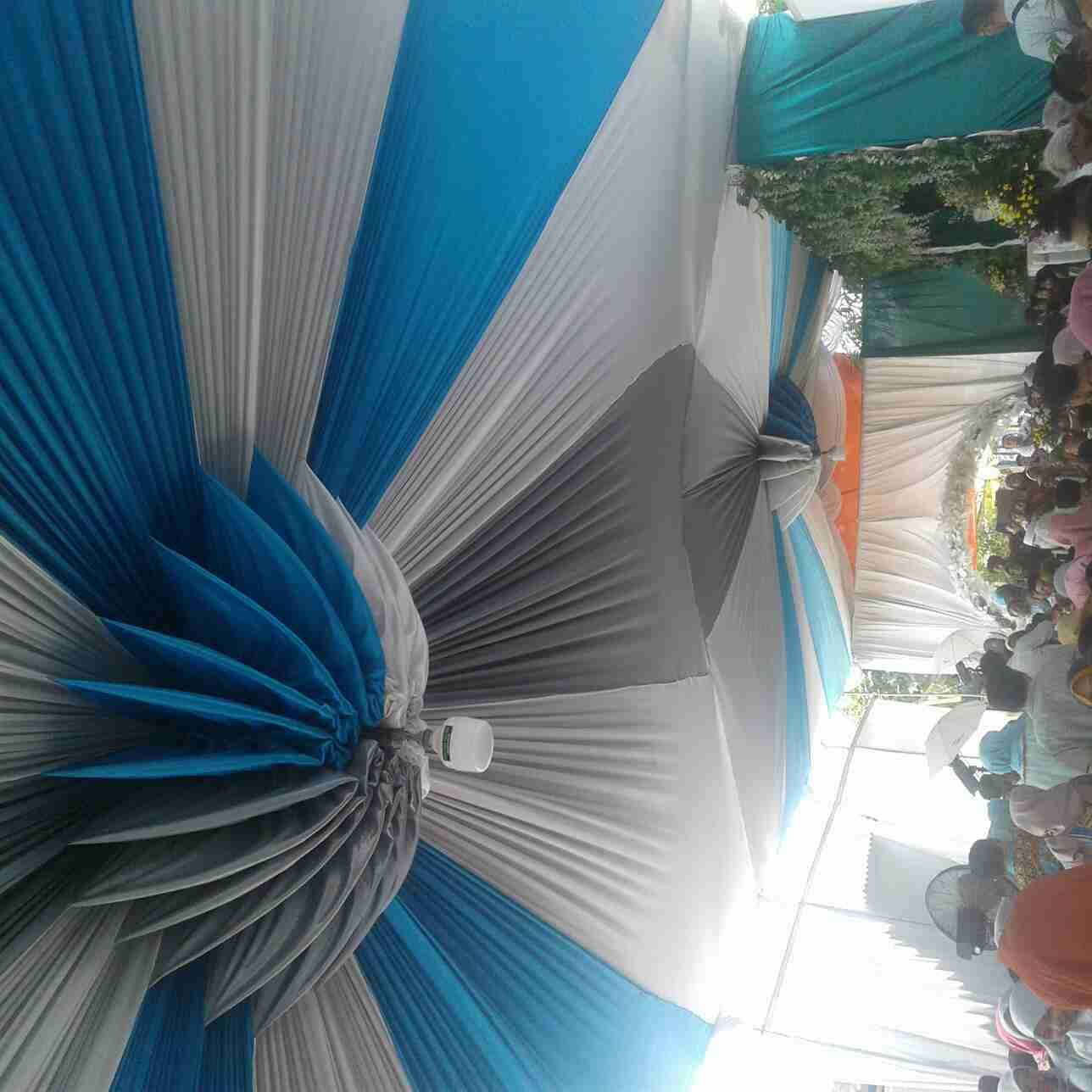 Tenda minimalis motif balon