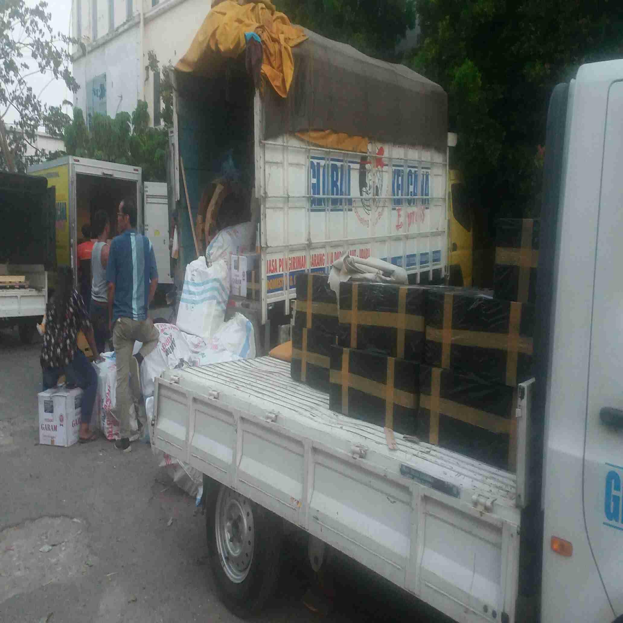 Global Kencana Express, jasa pengiriman barang ke seluruh Indonesia