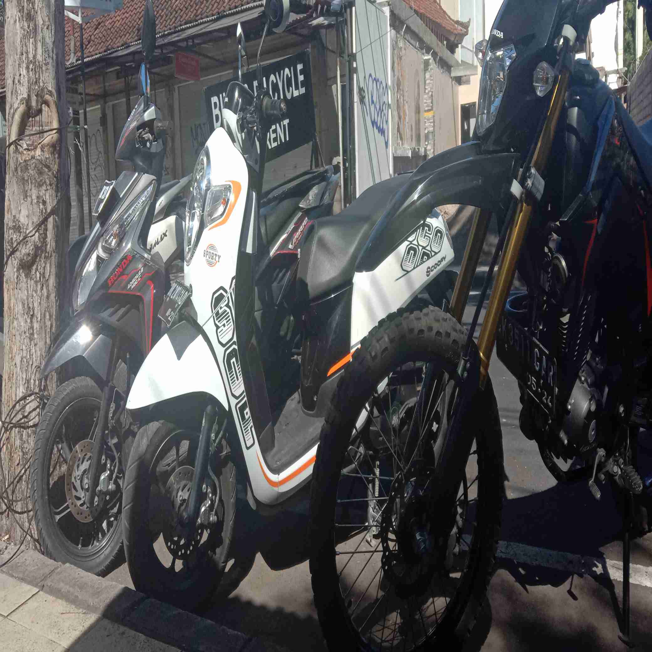 sewa motor di Bali+pengiriman